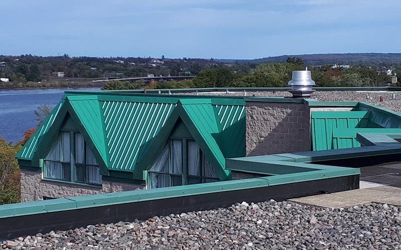 Delta / Marriott Fredericton – Metal Roof Paints